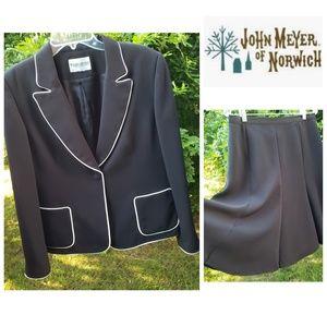Skirt suit Blazer set Black w/ white trim size 12